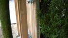 detail van stalen schuifpoort die met hout is bekleed.jpg.jpg_2,80_jpg